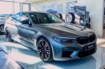 Быстро и дорого. В Минск привезли самый мощный седан BMW