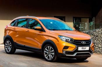 Lada Xray Cross CVT оценили дороже родственного Renault Sandero Stepway